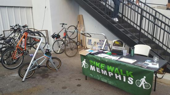 bike-parking-memphis